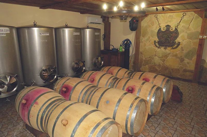 Виноробня «Винний дім Гігінеішвілі»